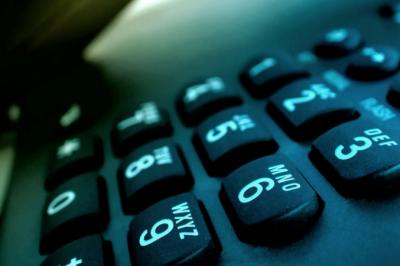 800phonenumbers-800x450